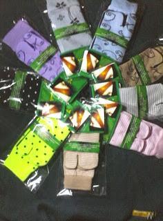 koleksi kaos kaki Muslimah Jempol Motif