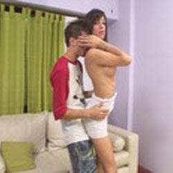 Boneca Magrinha Dando a Bunda - http://www.videosamadoresbrasileiros.com