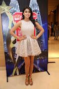 Shriya Saran Glam pics-thumbnail-14