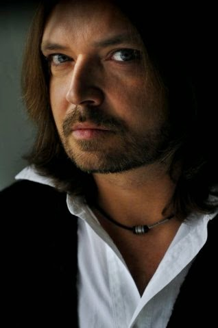 Krzysztof Cezary BUSZMAN pisarz poeta podróżnik fotografik