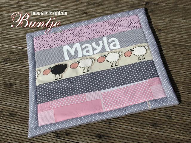 Krabbeldecke Decke Kuscheldecke Baby Name Geschenk Geburt Taufe persönlich personalisiert Mädchen Mayla Maila grau rosa pink Schafe handmade nähen Buntje