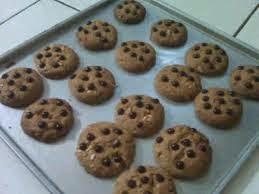http://resepcaramemasakku.blogspot.com/2014/10/resep-kue-kering-cara-membuat-kue-kering-coklat.html