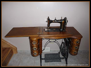 the Seamstress Rotary in perfect working condition