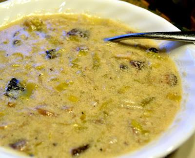 ... Peas Taste Funny: SUNDAY SOUP - Cream of Mushroom with Wine and Leeks