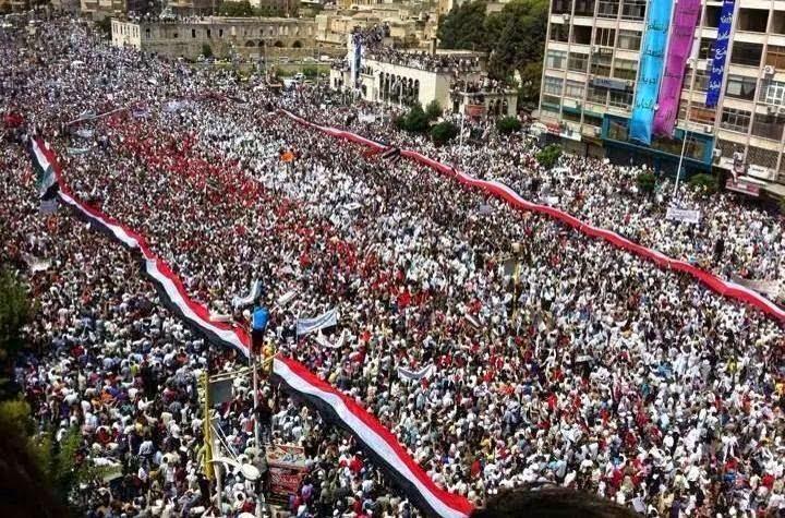 براكين ثورة ١١ فبراير في شارع الزبيري
