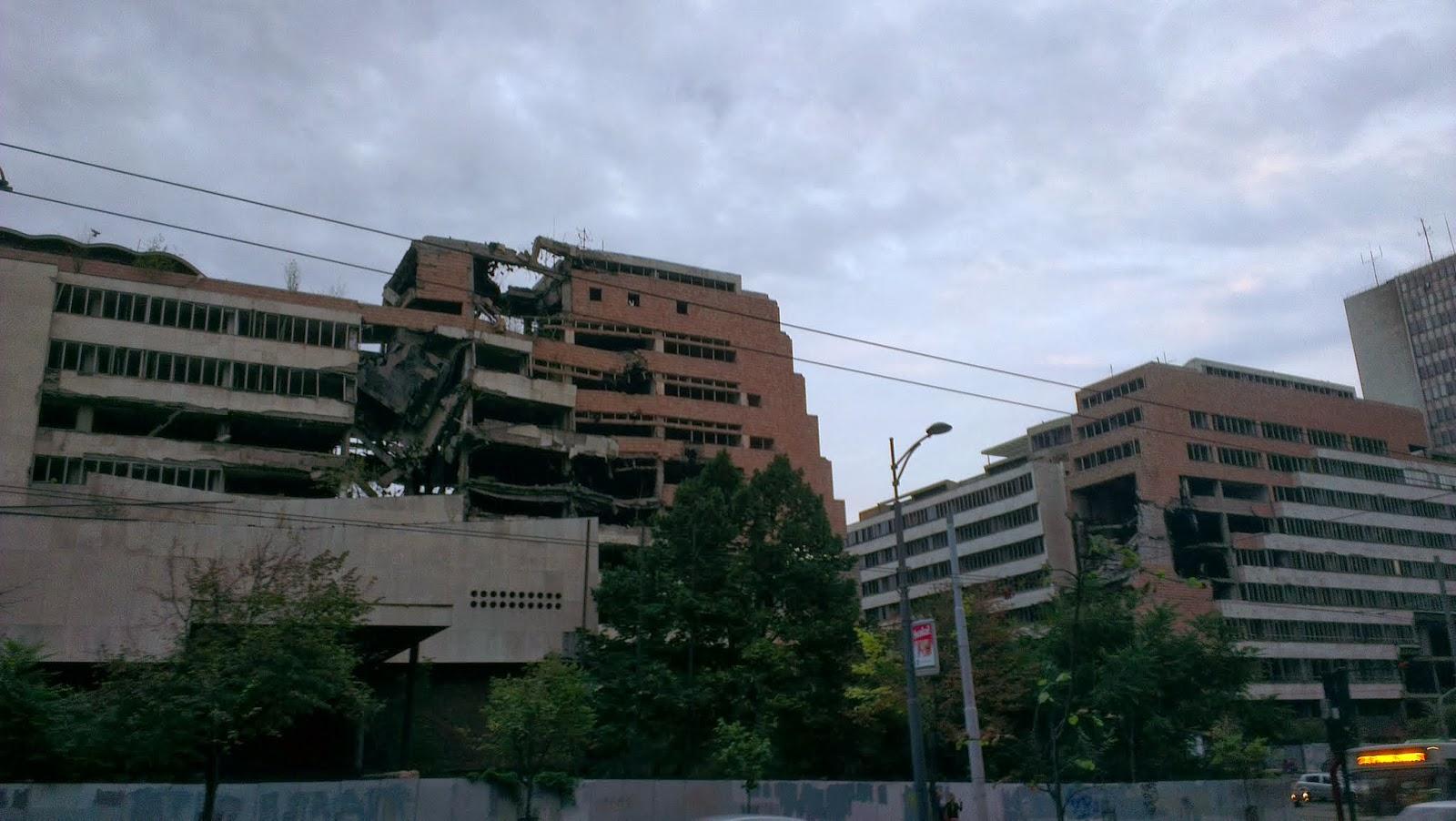 Edificios bombardeados Belgrado