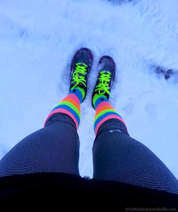 winter-snow-socks