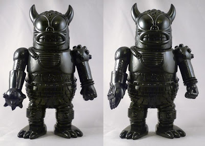First Look: Mecha Greasebat Vinyl Figure by Jeff Lamm