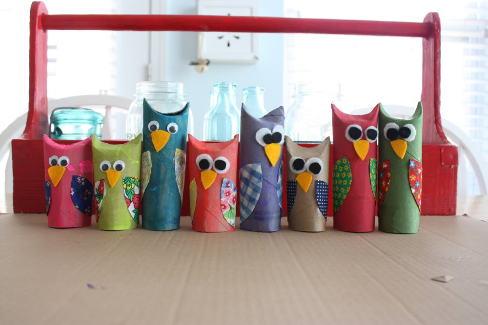 Fresh and fun tubular owls for Toilet paper tube owls