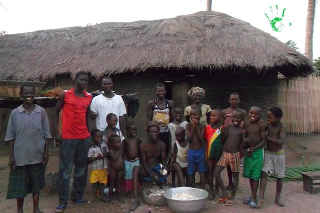 Una famiglia veramente numerosa in Togo, Africa