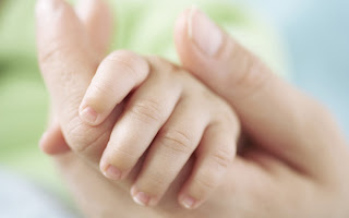 My Little Baby Love Hands HD Wallpaper