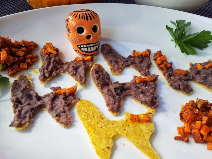 for an easier versionor non halloween party skip the cat cutouts and just serve the dip and potatoes with regular tortilla chips