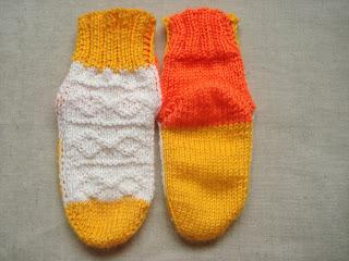 вязание носков на двух спицах без шва