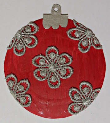 glue top onto bauble