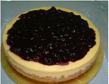 Fruit Cheesecake (Blueberry/Strawberry/Raspberry)