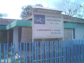 Kantor Partai Demokrat  Kota Bima, Disatroni Maling