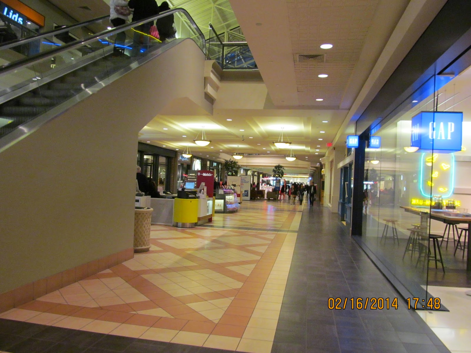 Mayfair Mall- (Wauwatosa, Trip WI) Mall: the to