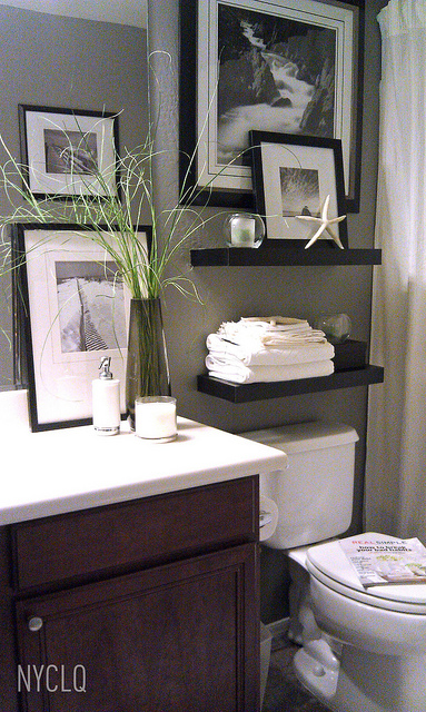 FOCAL POINT STYLING: RENTAL RESTYLE: Small Bath Space Decor +