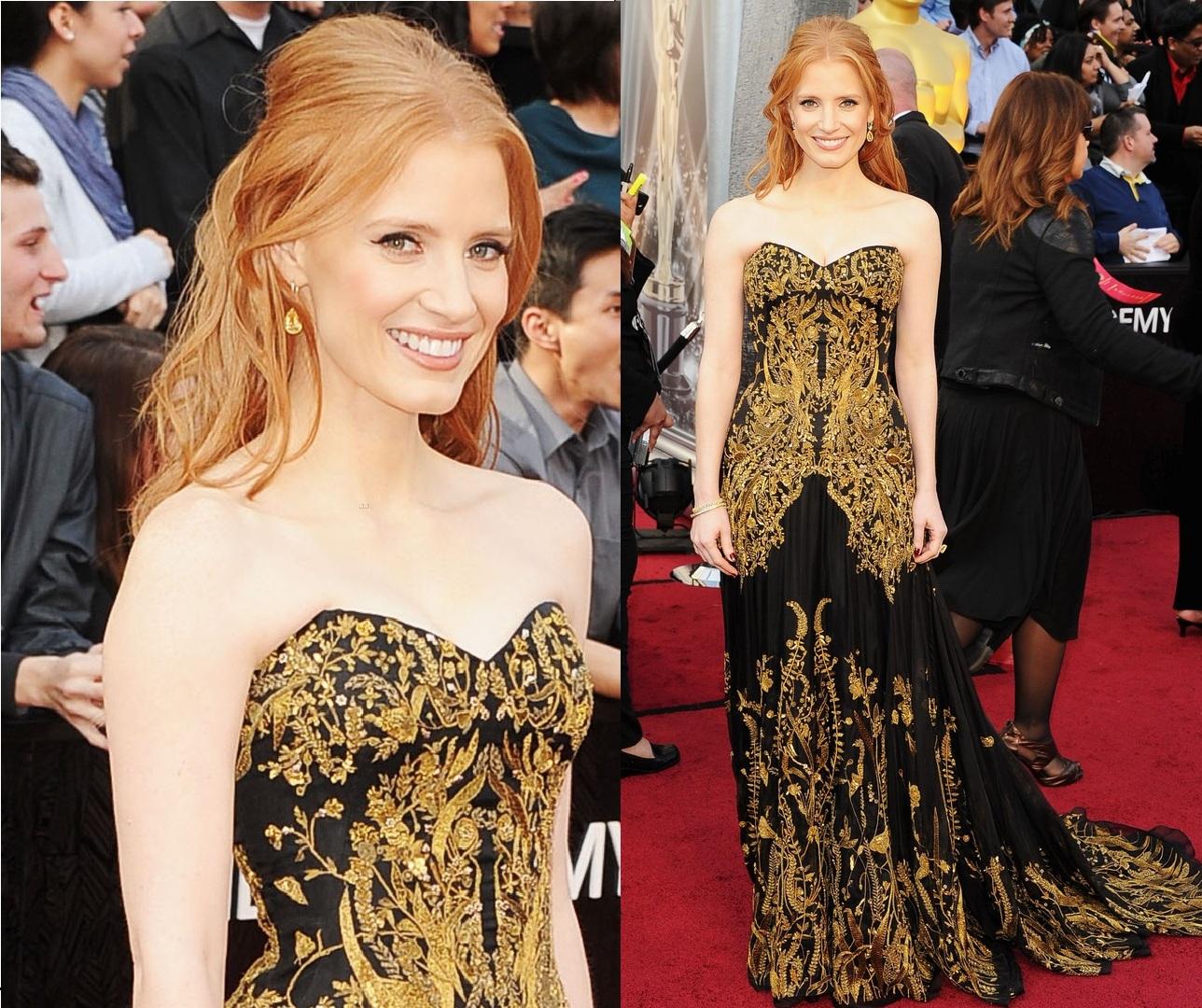 http://1.bp.blogspot.com/-_3MeiHe42pM/T0y9GkmYfVI/AAAAAAAAFMM/EA0yOL5qU4o/s1600/Jessica+Chastain+in+Alexander+McQueen+-+2012+Oscars.jpg