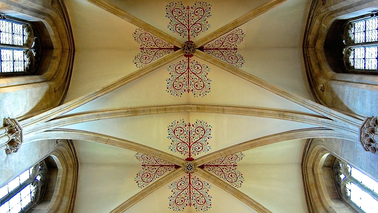 Flower design on ceiling of Wells Cathedral