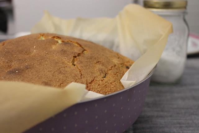 Q.B. - Quanto Basta: Torta al mascarpone, uvetta e cioccolato