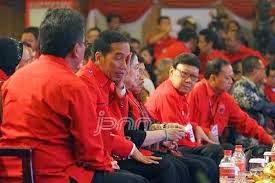 Hanya Terdiam di Kongres PDIP, Jokowi Dinilai Hina Lembaga Kepresidenan