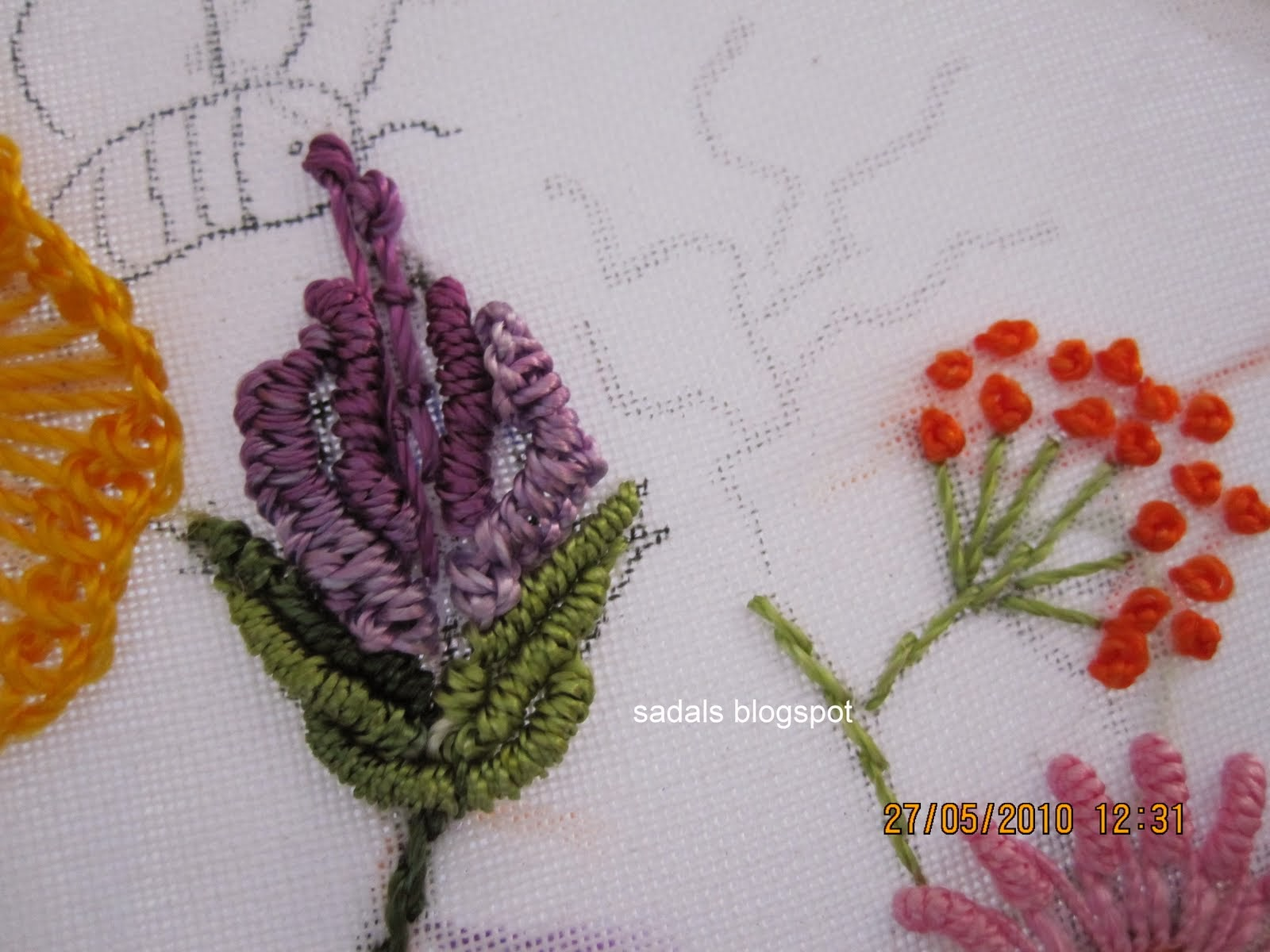Sadala's Embroidery: Brazilian Embroidery and Dimensional ...