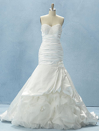 Disney fairy tale weddings by alfred angelo 2012 gown for Princess tiana wedding dress