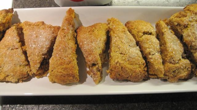 Featured Recipe | Pumpkin Pecan Cream Scones from Things I Make {For Dinner} #recipe #SecretRecipeClub #breakfast #pumpkin