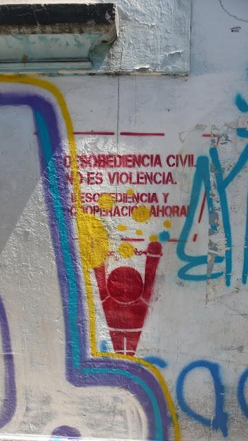 street art in santiago de chile stencil educación arte callejero