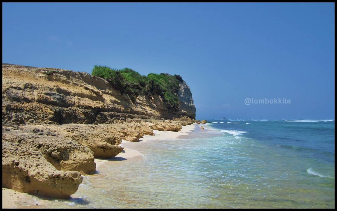 Pantai Rawan, Hidden Beach di Lombok Timur ~ JALAN JALAN ...