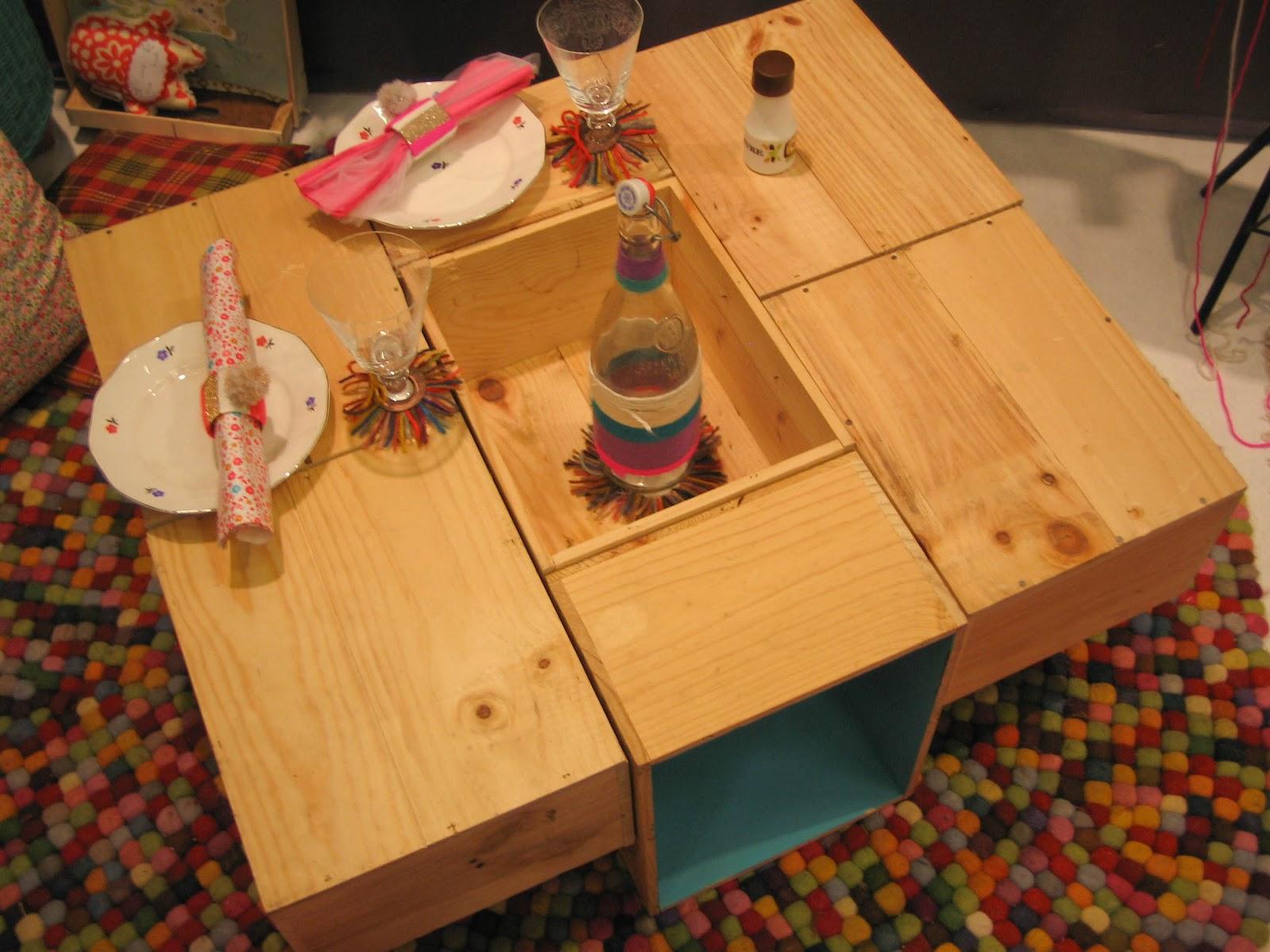 Lovers of mint blog d co boh me et cool lifestyle for Table basse en caisse en bois