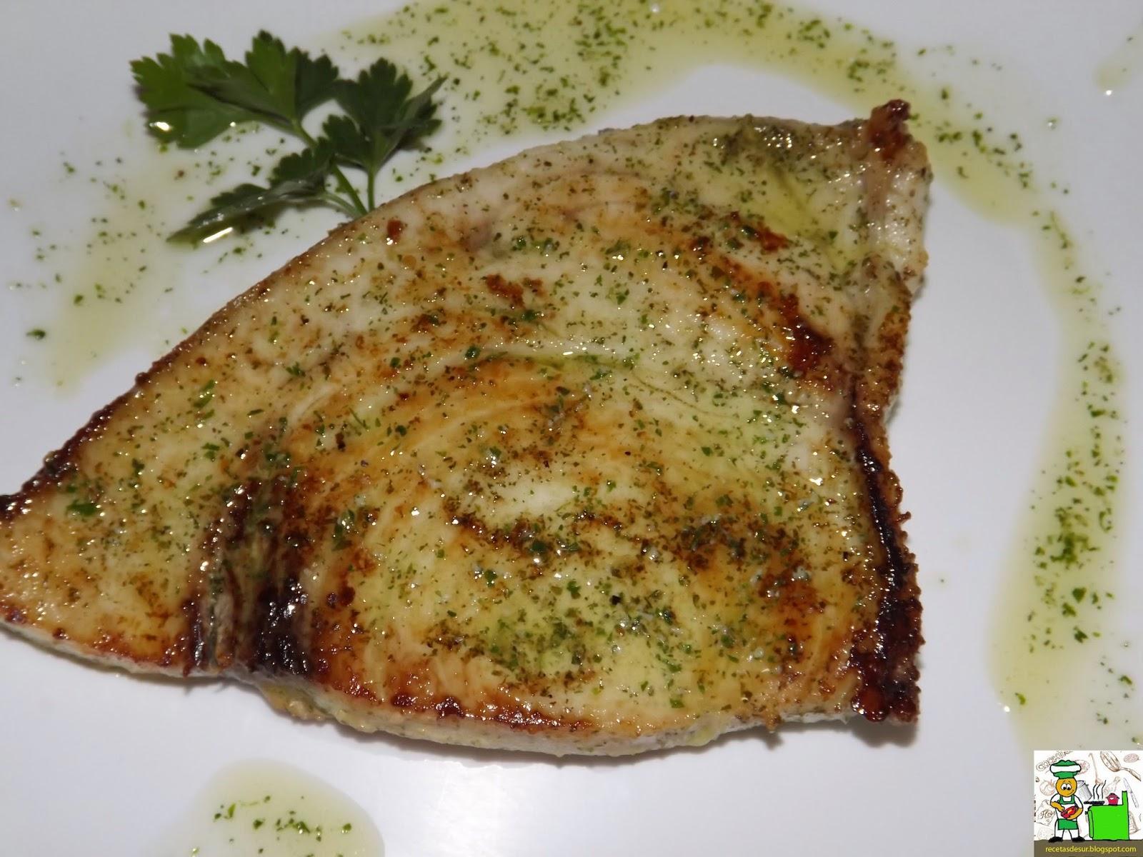 Recetas del sur pez espada en salsa verde for Cocinar pez espada a la plancha