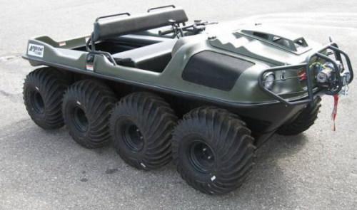 Mobil amphibi 4-6 penumpang 8x8