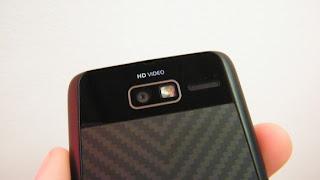 Motorola Razr i (Pictures)