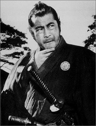 HOMOSEXUALES FAMOSOS - Página 2 Toshiro+Mifune