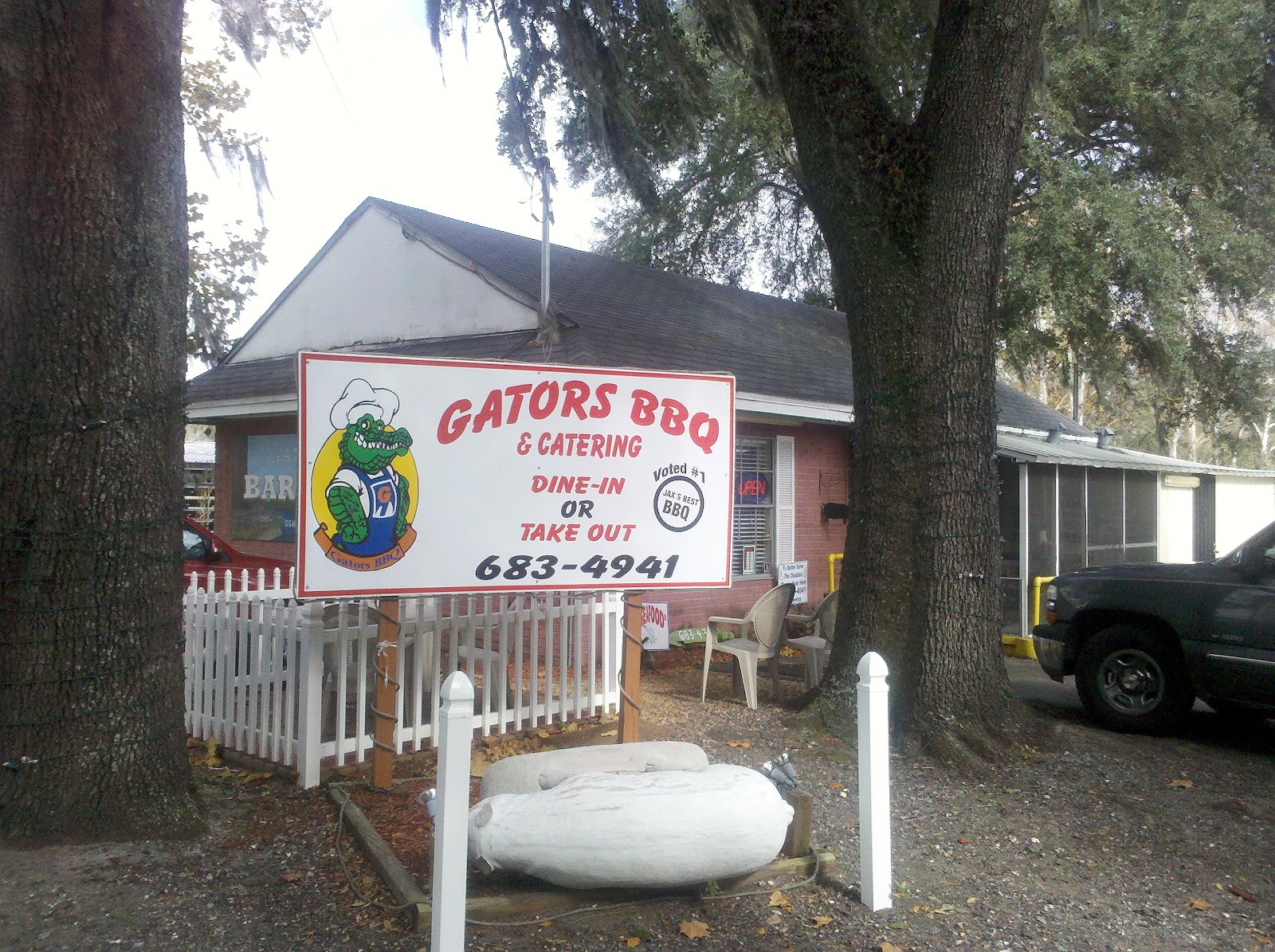 Smoked pig and sweet tea gators bbq jacksonville fl for March motors jacksonville fl