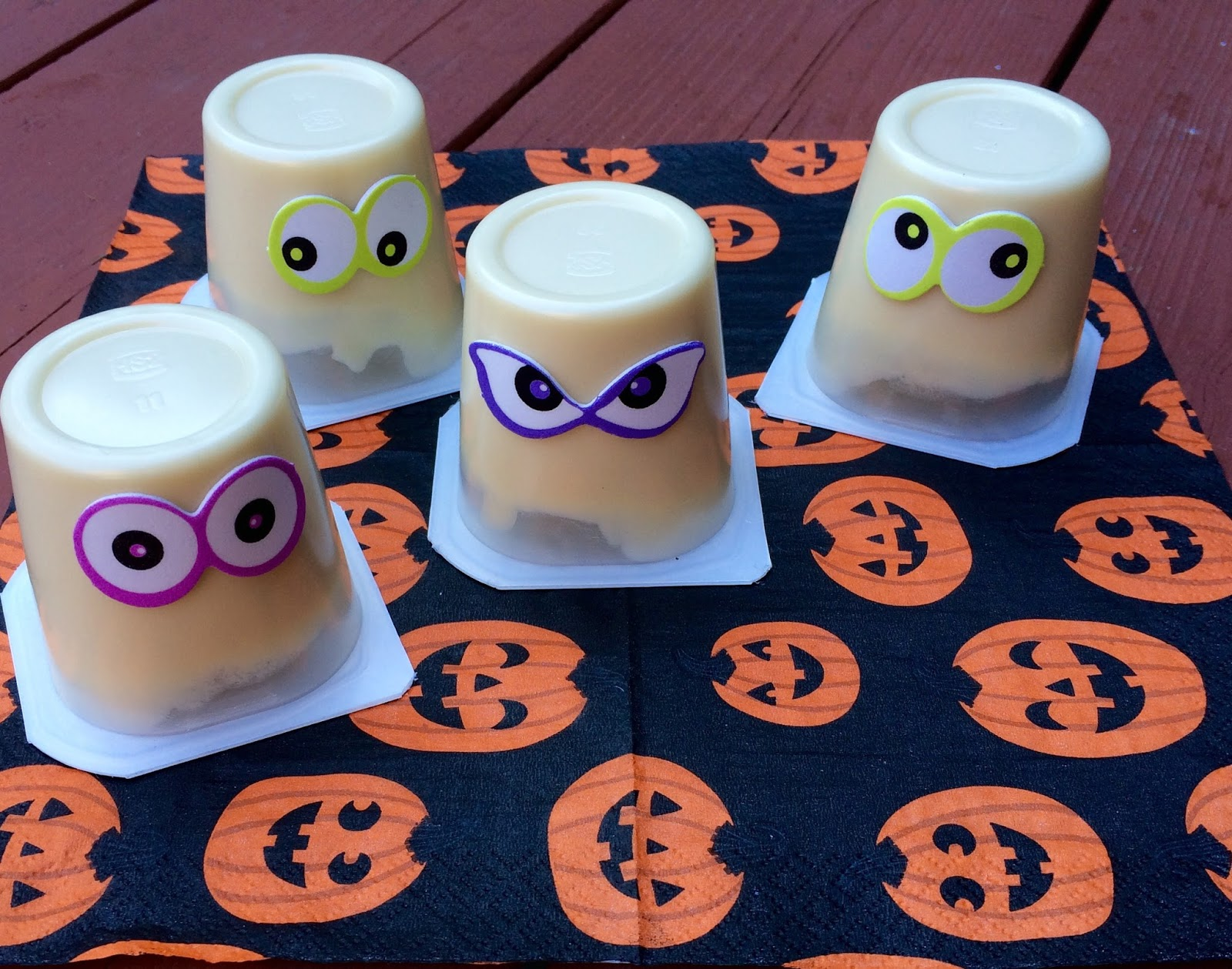 Last Minute Easy Halloween Treats - The Chirping Moms