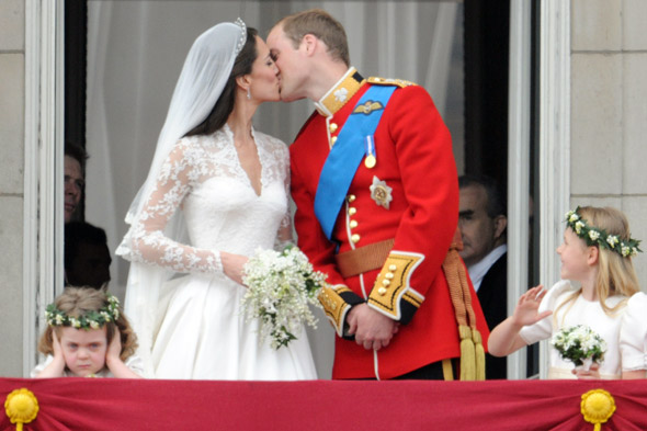 prince william kate middleton kissing. william and kate middleton