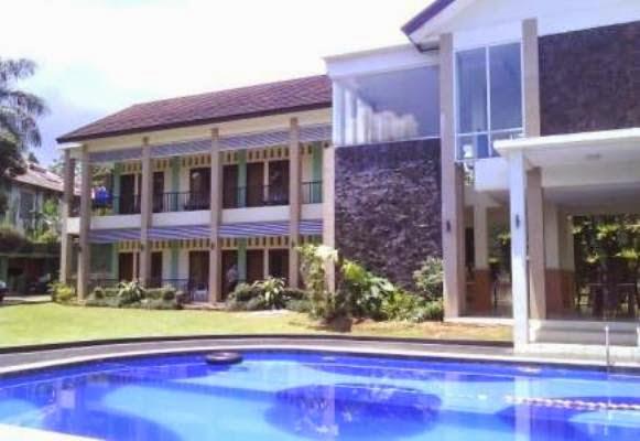 Sewa villa di puncak untuk family gathering