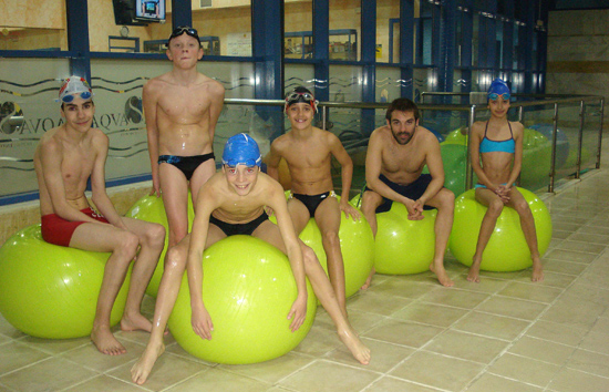natacion-antequera-aquaslava-feliz-año-2013-piscina