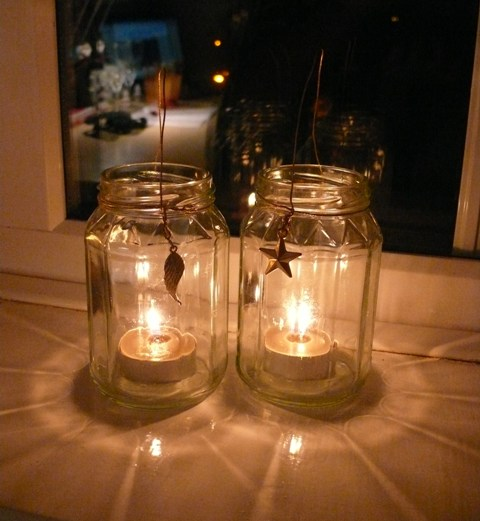 25 creative and cool ways to reuse jars for Creative candle holders