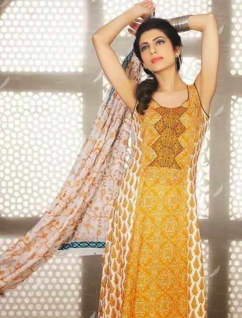 http://www.prafful.com/salwar-kameez/pakistani-suits.html