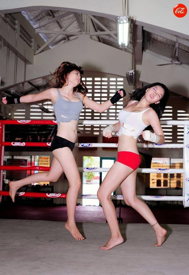 Khi phái đẹp đấu boxing 20