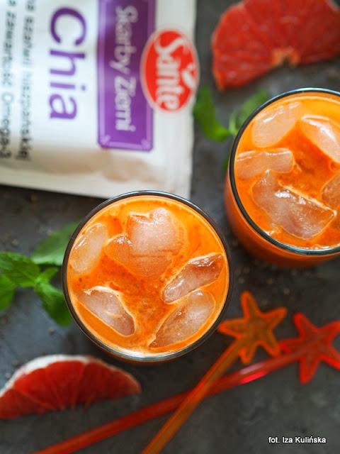sok marchwiowo grapefruitowy z szałwią hiszpańską , szałwia hiszpańska , orzeźwienie , napoje na lato , samo zdrowie