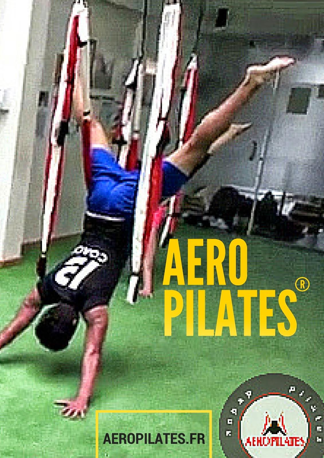PILATES ET YOGA AERIEN Dans L'AIR DanS UN HAMAC yoga