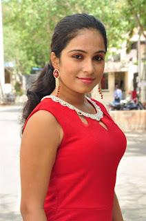 Vrushali Gosavi Stills At Vaadu Nenu Kadhu Movie Launch 4.jpg