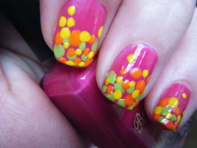 Skittles Nailart
