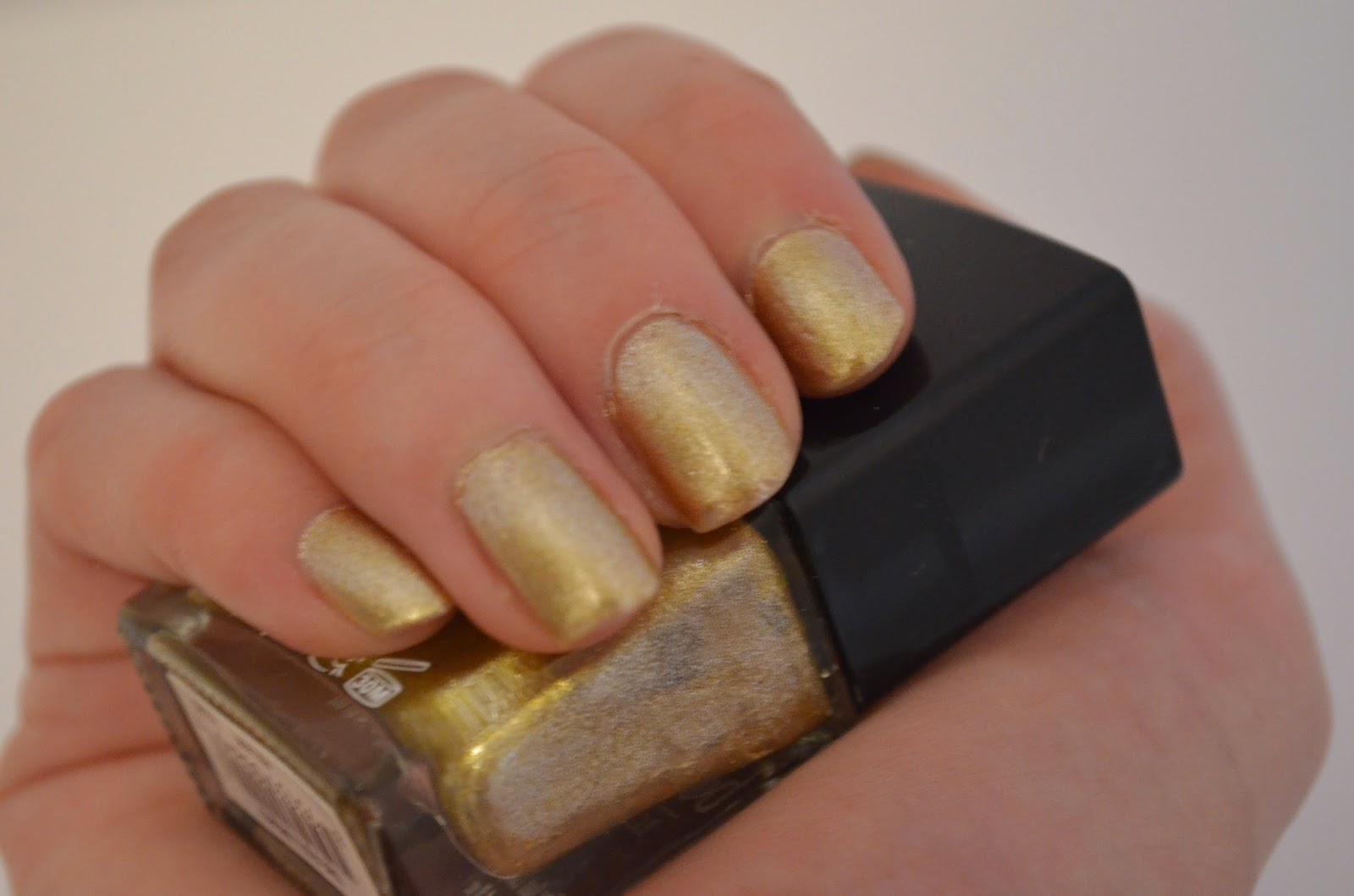 Gold Butter London Nailpolish