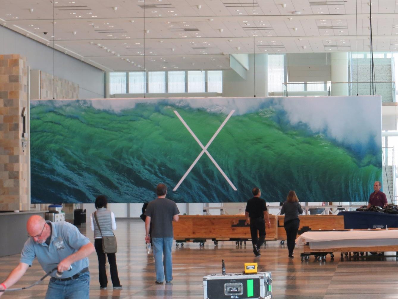 http://1.bp.blogspot.com/-_6yiaSzHk-s/UbRugdzJ52I/AAAAAAAAEm4/imCtqxFBbVQ/s1600/Apple+Mac+OS+X+Mountain+Lion+10.9+Logo,+Banner,+Wallpaper.jpg